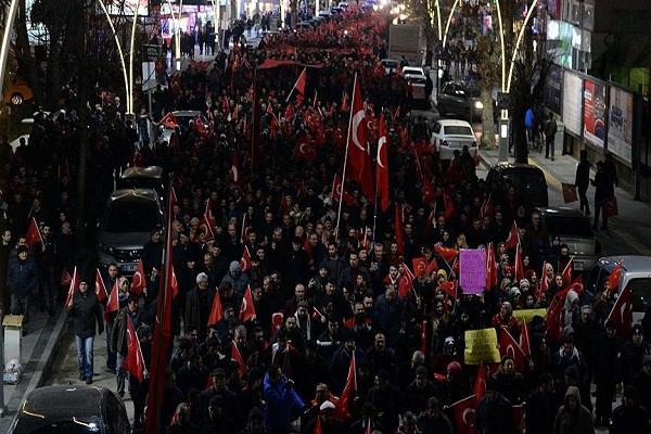 İstanbul'daki hain saldırı Türkiye genelinde protesto edildi