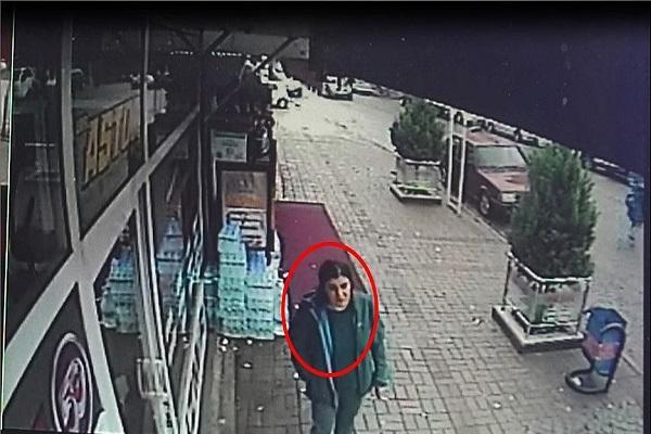 Kadın teröristlerin İzmir'deki görüntüleri ortaya çıktı