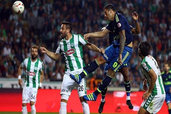Fenerbahçe deplasmandan galip ayrıldı