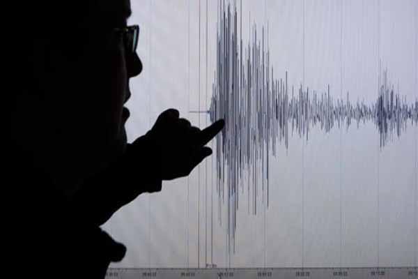 Antalya'da, şiddetinde deprem meydana geldi