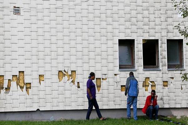 Almanya'da mülteci yurduna molotoflu saldırı