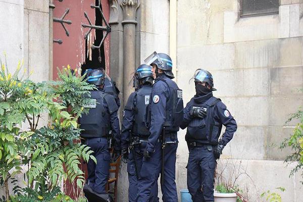 Fransa'da terör saldırısı önlendi, 7 kişi gözaltında