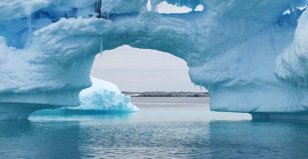 Antartika'da 3 trilyon ton buzul kaybedildi
