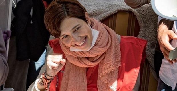 Hakkında arama kararı çıkarılan Nuriye Gülmen gözaltına alındı
