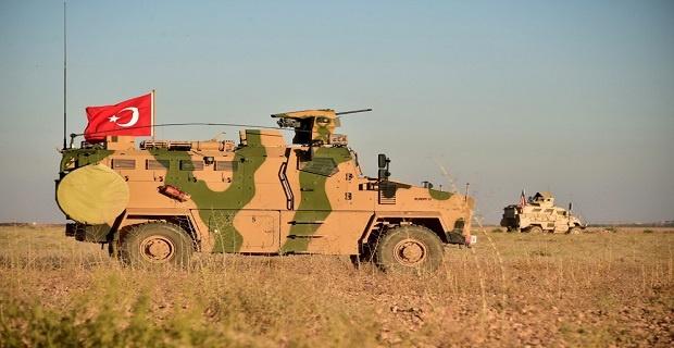 Türk ve ABD silahlı kuvvetlerinin Münbiç'teki ortak devriyesinden görüntüler