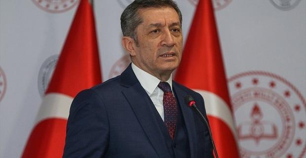Milli Eğitim Bakanı açıkladı, ders sayıları azalıyor mu