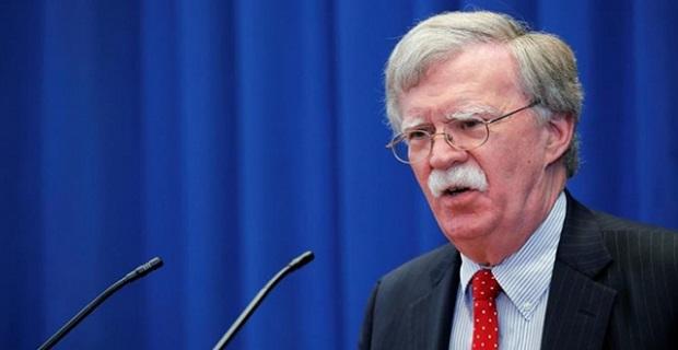 John Bolton'dan Venezuela ordusuna 'Guaido'yu destekleyin' çağrısı