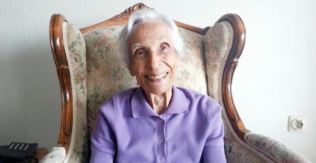 İlk Kıbrıslı Türk kadın gazeteci Bedia Okan hayatını kaybetti