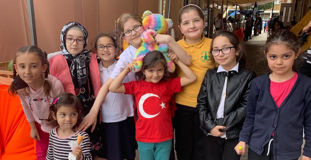 Londra Süleymaniye Kültür Merkezi Kermes'te lezzet dağıttı