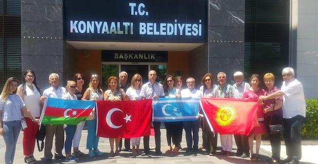 Türk Dünyası Dernekleri Platformu'ndan Konyaaltı Belediye Başkanı Semih Esen'e ziyaret