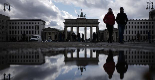 Almanya'da Covid-19 hastalarının yüzde 84'ü iyileşti