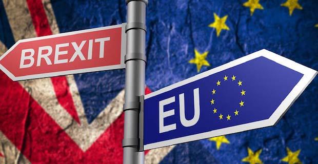 AB ve İngiltere Brexit sonrası ticaret anlaşmasında uzlaştı