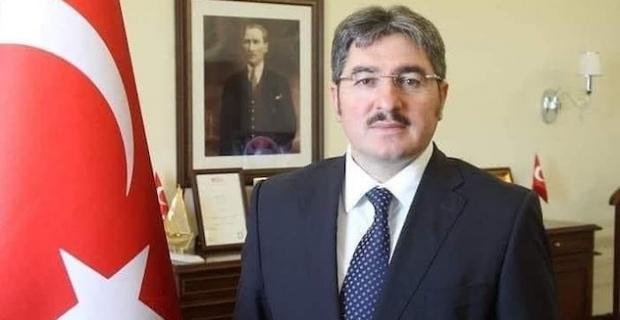 Londra Eski Başkonsolosu Demirok Bakü'ye, Londra Elçi eski müsteşarı Ulusoy Riyad'a büyükelçi olarak atandı