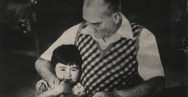 Atatürk'ün armağanı 23 Nisan Ulusal Egemenlik ve Çocuk Bayramı'nın 101'inci yılını kutluyoruz