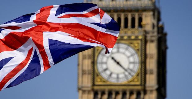 İngiltere, 1947'den bu yana en yüksek kamu borçlanmasını yaptı
