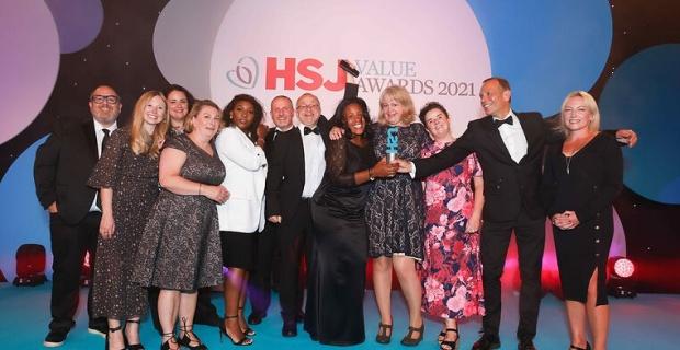 DERMAN Sağlık hizmetleri dergisi, İngiltere HSJ'nin 2021 ödülünü kazandı