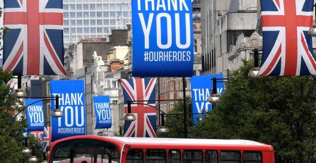 Londra merkezli bir hukuk firması, İngiltere'de otel karantinası nedeniyle İngiliz hükümetine dava açıyor ! Türkiye de kırmızı listede