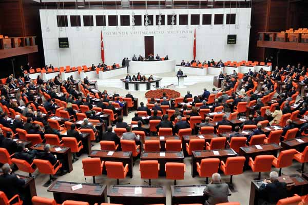 Meclis'te İç Güvenlik Paketi 3. bölüm görüşmeleri yapılacak