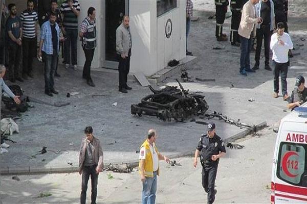 Gaziantep'te yaralanan polis şehit düştü