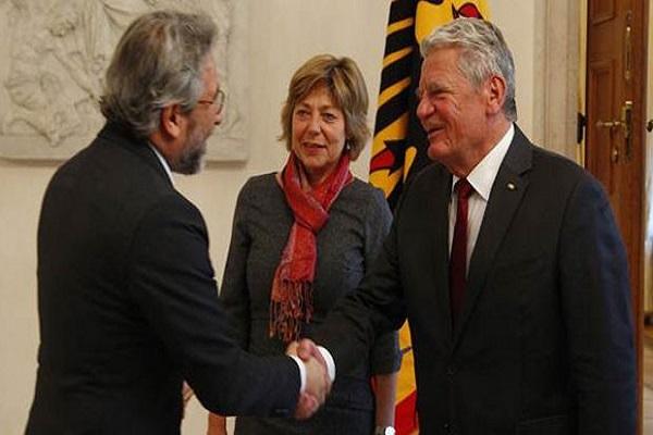 Can Dündar, Almanya Cumhurbaşkanı ile bir araya geldi