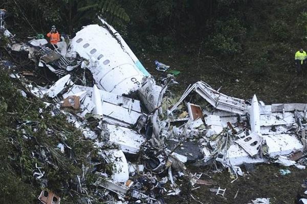 Uçak kazasından kurtulanlar olay sırasında yaşananları anlattı