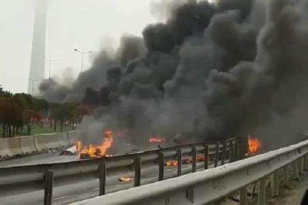 İstanbul'da helikopter düştü 5 kişi hayatını kaybetti