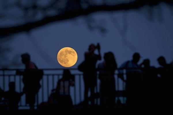 NASA'dan merakla beklenen Süper Ay hakkında önemli açıklama