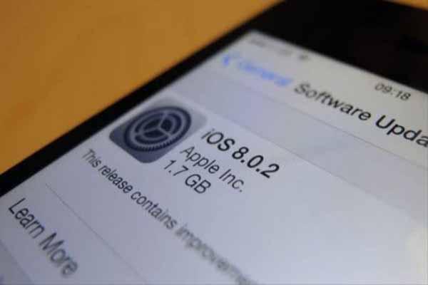 iOS 8.0.2 güncellemesi yayınlandı