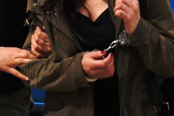 Saldırı hazırlığındaki kadın terörist yakalandı