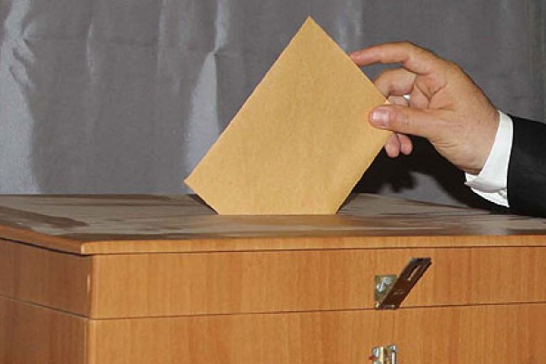 Karar verildi oy kullanma zorunluluğu kaldırıldı