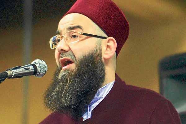 Cübbeli Ahmet Hoca'ya hapis şoku