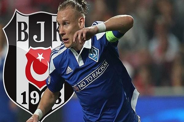 Beşiktaş Domogoj Vida transferini gece yarısı açıkladı