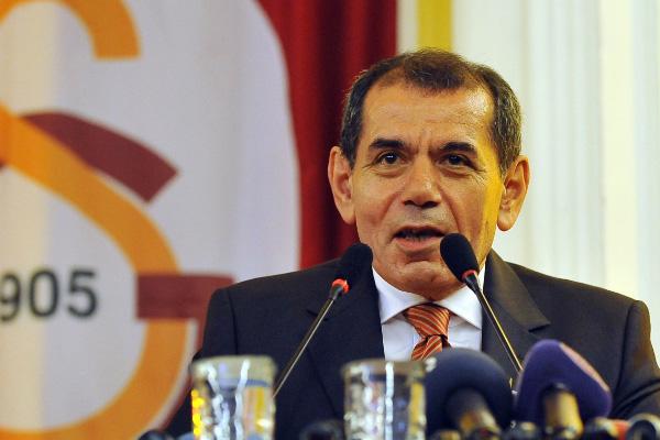 Dursun Özbek o isimle görüşmek için Romanya'ya gitti