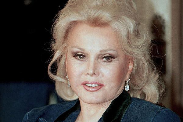 Hollywood yıldızı Zsa Zsa Gabor hayata veda etti