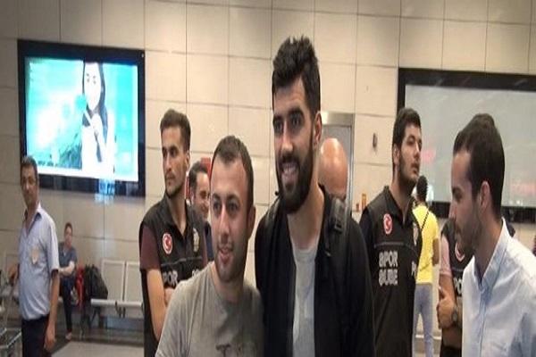 Luis Neto Fenerbahçe için İstanbul'a geldi