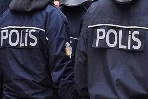 Yasa dışı dinleme operasyonu, 30 gözaltı