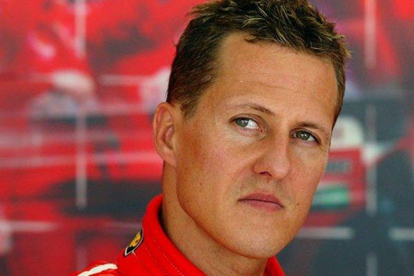 Michael Schumacher'in boyu kısaldı yemek yiyemiyor