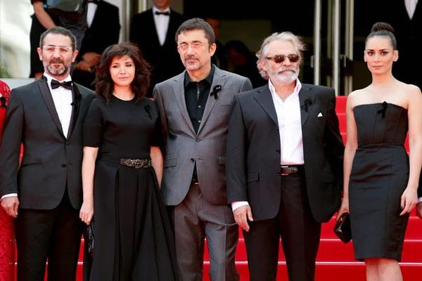 Türk yönetmen Nuri Bilge Ceylan İngiliz basınına Kış Uykusu'nu tanıttı