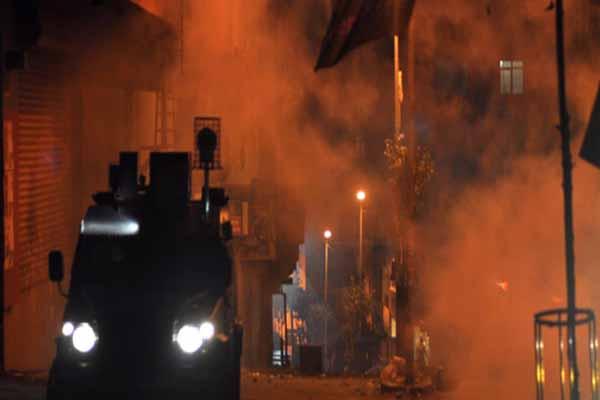 Okmeydanı'nda yüzü maskeli gruba polis müdahalesi