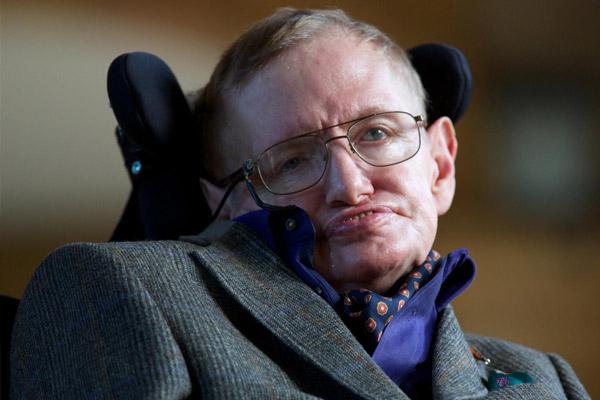 Stephen Hawking açıkladı, geri dönülmez noktanın çok yakınındayız