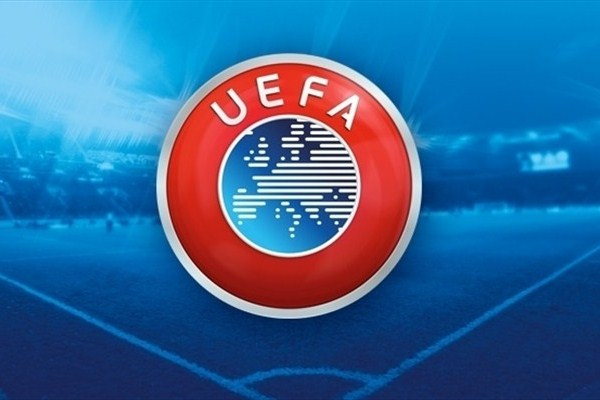 UEFA Lyon ve Beşiktaş'a ceza kesti