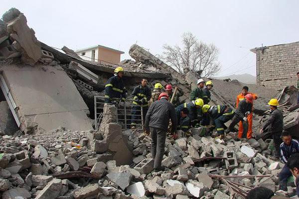 Çin'de 7 şiddetinde deprem, can kaybı ve yaralı sayısı artıyor