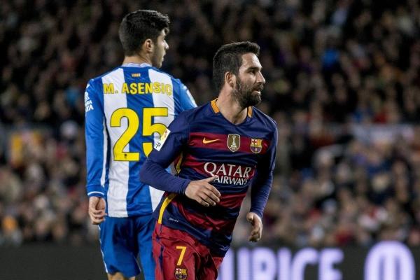 Arda Turan Barcelona ile yollarını ayırıyor mu