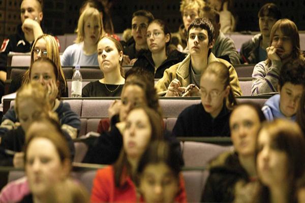 Akademisyenlere yüzde 35 zam yolda