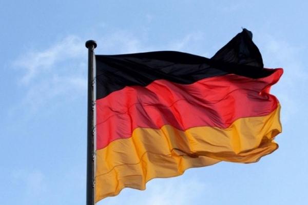 Ve Almanya'da onaylandı çocuk yaşta evlilik yasak