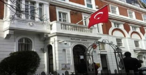 Koronavirüs hastası Türklerin sayısı İngiltere'de 50'yi geçti