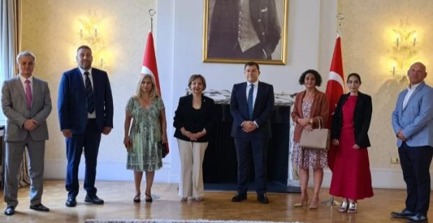 İngiltere Kıbrıs Türk Dernekleri Konseyi'nden TC Londra Büyükelçiliği'ne Şükran Ziyareti
