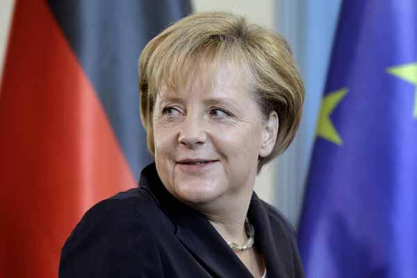 Angela Merkel Eylül ayında yapılacak seçimlerde aday olacak