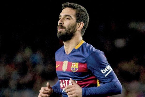 Barcelona Arda Turan'a takımdan ayrılması için süre verdi