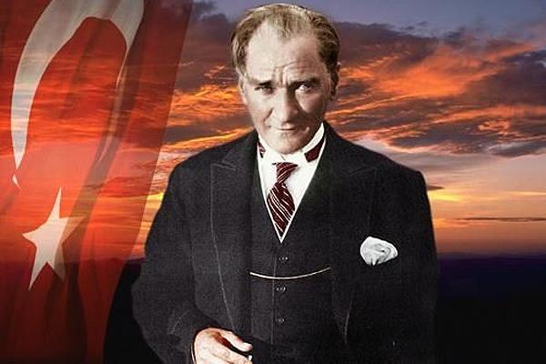 Ulu Önder Mustafa Kemal Atatürk'ü saygı ve sevgiyle anıyoruz